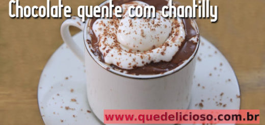Chocolate quente com chantili